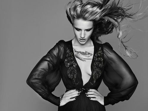 Rosie Huntington-Whiteley | Rankin | Qvest #42, Fall 2010 - 3 Sensual Fashion Editorials | Art Exhibits - Anne of Carversville Women's News