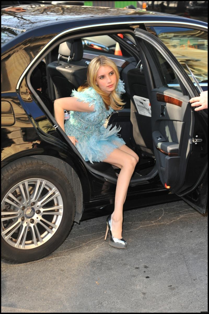 Emma Roberts emma roberts 1857x2791 wallpaper – Emma Roberts emma roberts 1857x2791 wallpaper – Legs Wallpaper – Desktop Wallpaper