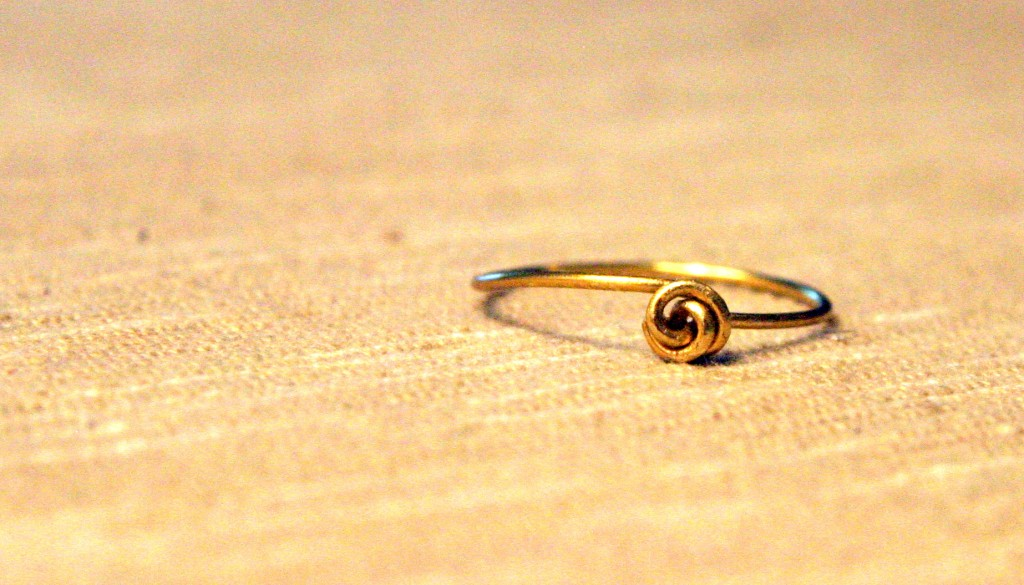 Lovely Wire Knot Ring Tutorial | Handmadeology