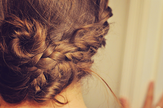 Bettencourt Chase: things we make, bake and photograph: DIY fun: Pretty, pretty hair