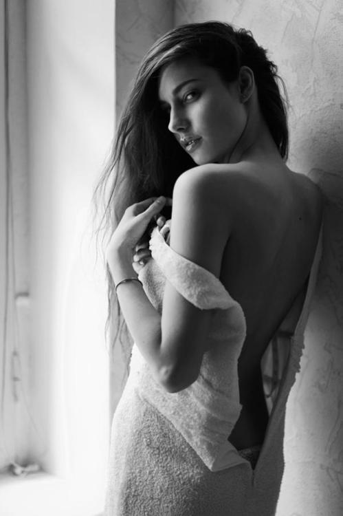 unfinishedmuse: Juli Kirsanova - CARPE DIEM