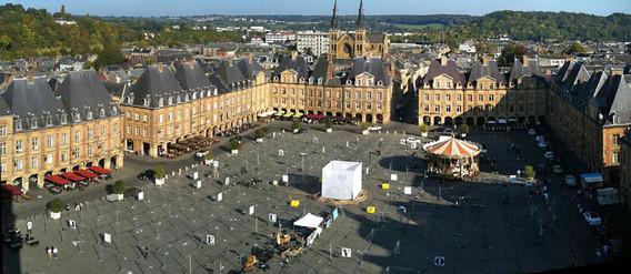 NUIT BLANCHE 2011 - Charleville Mézières - Urban Marionnette Compagnie StultiferaNavis