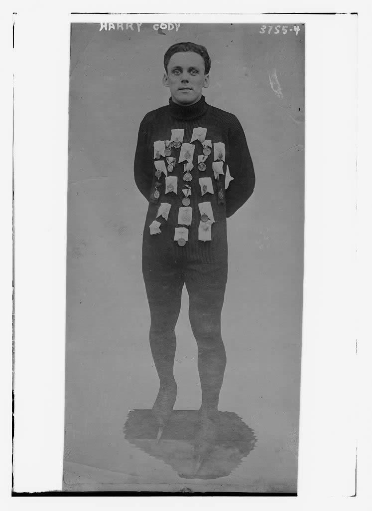 121 Professional Vintage Sport Photos Taken Before 1925