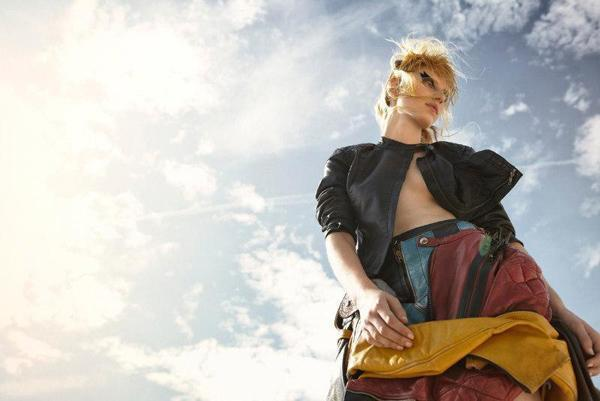 Julia Nobis by Yelena Yemchuk | Fashion Photography Blog