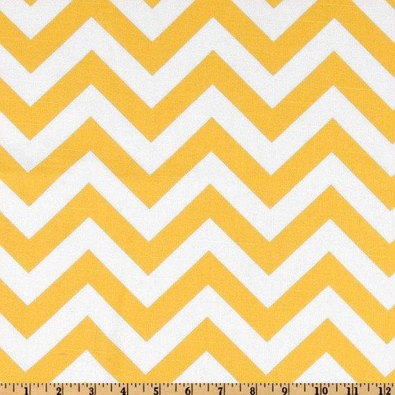 TABLE RUNNER ZigZag Yellow and White Chevron by FinePillowCovers