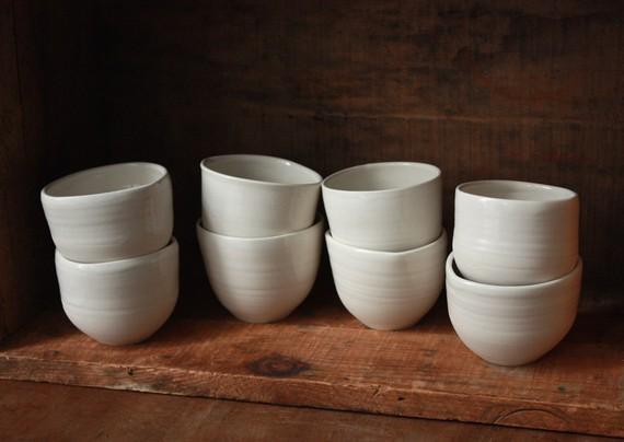 RESERVED Bony Tea Bowl Pair par clamlab sur Etsy