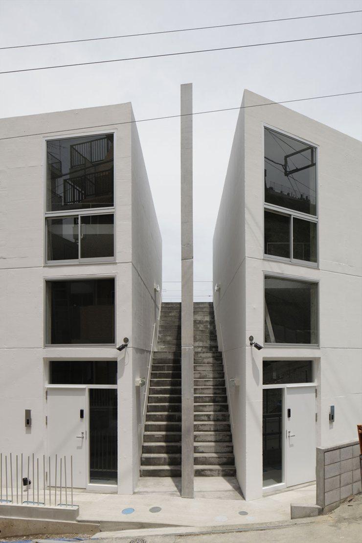 SKELETON HOUSE: IL CEMENTO VS LA FLESSIBILITÀ FUNZIONALE