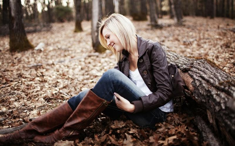 blondes,women blondes women jeans outdoors smiling 2560x1600 wallpaper – blondes,women blondes women jeans outdoors smiling 2560x1600 wallpaper – Blondes Wallpaper – Desktop Wallpaper