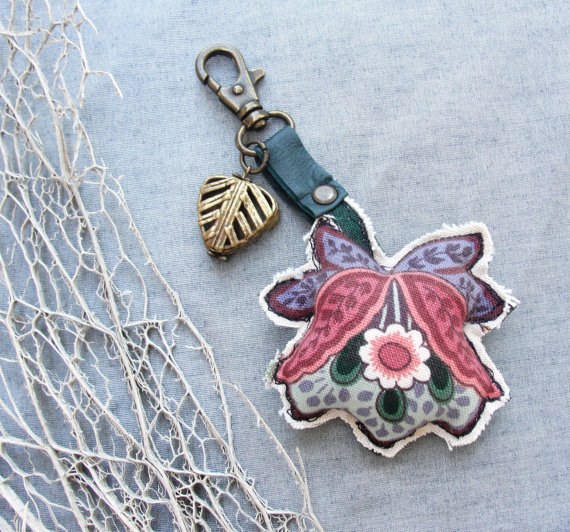 Romantic Flower Key/ Bag Ring by GiftsandStars on Etsy