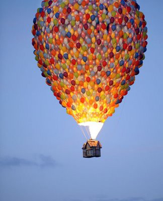 Photography / Hot air balloon modeled to look like its from the movie UP! LOVE THIS!!