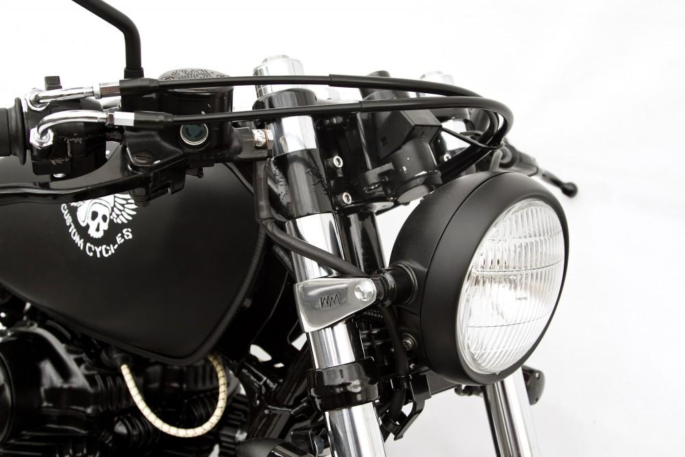 Le Gicleur Noire by Deus Ex Machina - Kawasaki W650 Custom