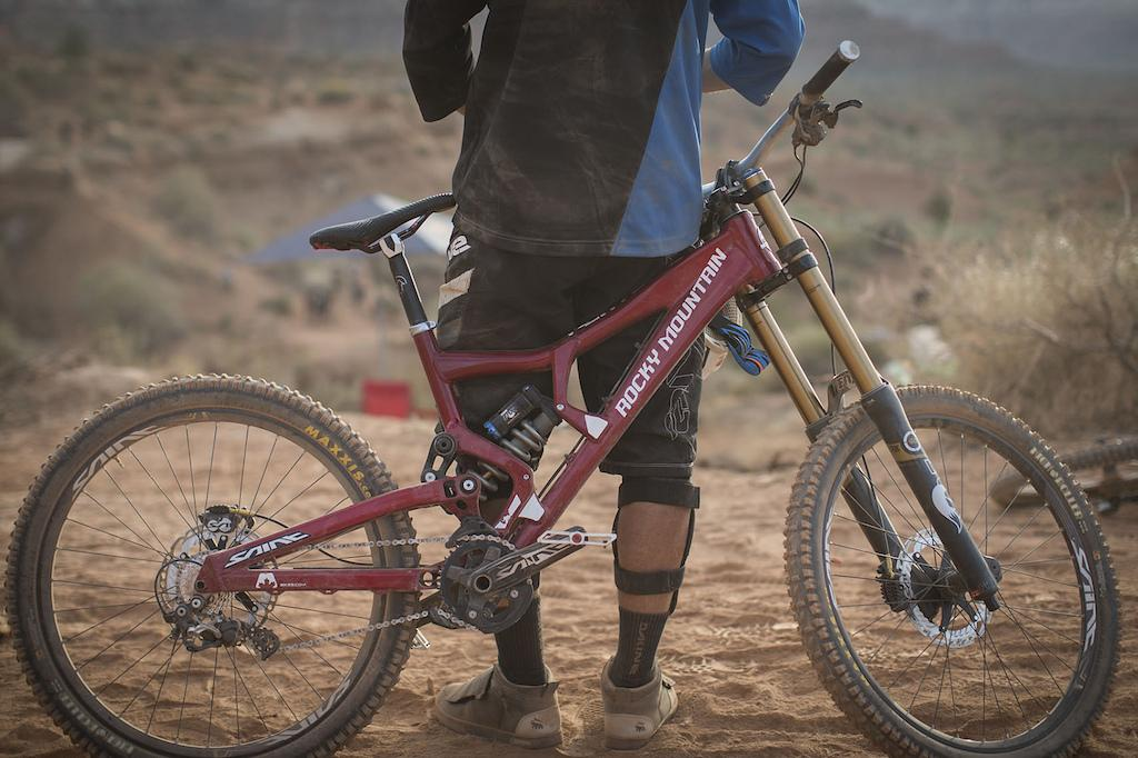 Red Bull Rampage 2012 - Thursday: 33 Bikes - Pinkbike