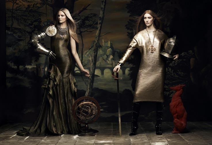Your Majesty by Chris Nicholls for Flare Dec. 2011 chris-nicholls-your-majesty-editorial-flare-magazine-2b – Trendland: Fashion Blog & Trend Magazine