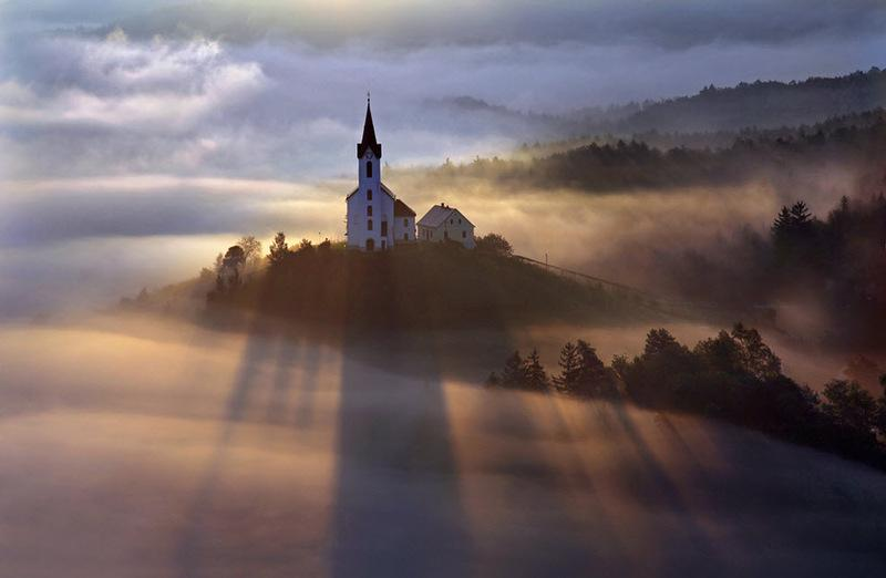The Other-worldly Beauty of Fog and Mist from Above [10 Pictures] - 9 Wows