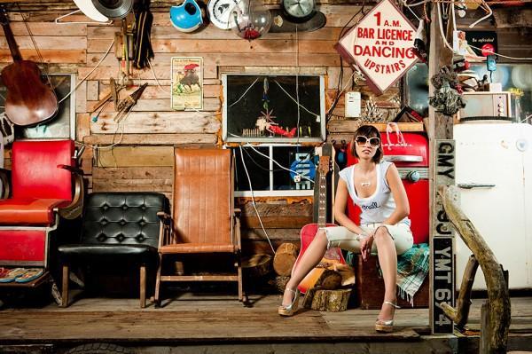 surfgirl-magazine-43-600x399.jpg 600×399 pixel