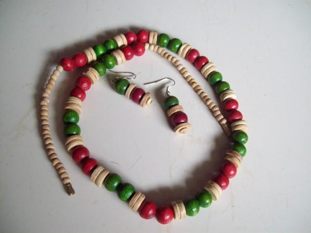 Colored wood set- Dual red/ Green - Craftsia - Indian Handmade Products & Gifts