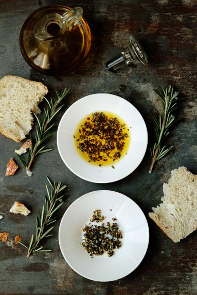 Extra Virgin Olive Oil Herb Dip | My Baking Addiction