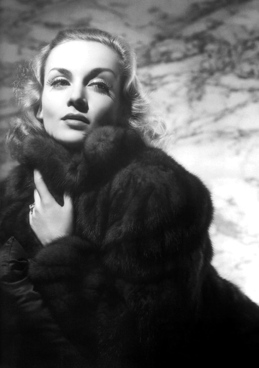 Nineteen Fifty Four: George Hurrell