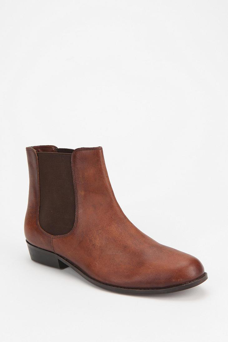 BDG Chelsea Leather Ankle Boot - Urban Outfitters