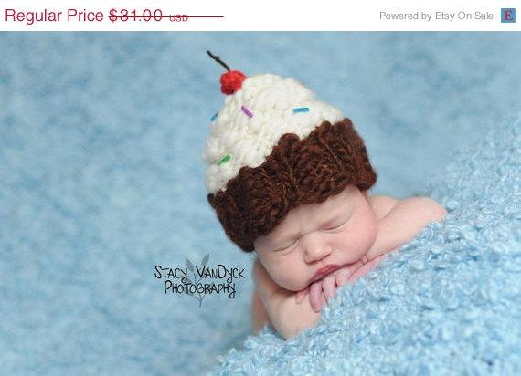 Baby Cupcake Hat Many sizes Great Photography Fall by garysangel