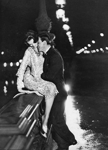 50s classic fashion / Carmen with Robin Tattersall, Paris, August 1957