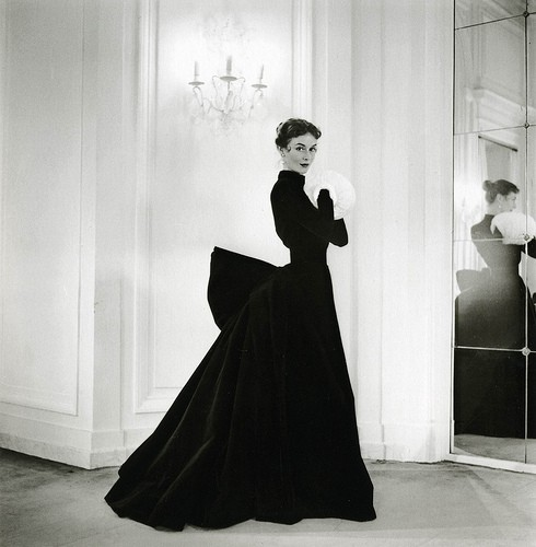 Vintage / Evening gown by Jacques Griffe, photo by Willy Maywald, 1951
