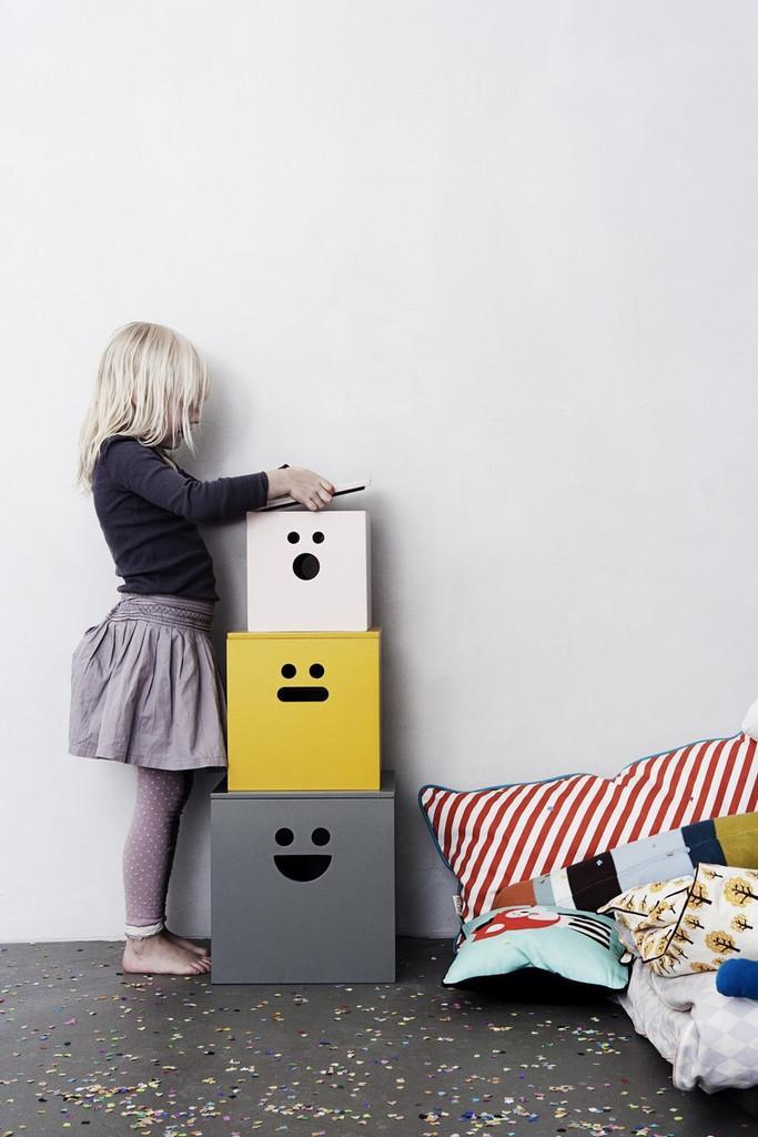 Ferm Living Shop — Face (Painted) Boxes