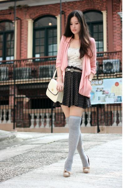 Pink Malin Blazers, Beige Chloe Shoes, White Pull & Bear Intimates  