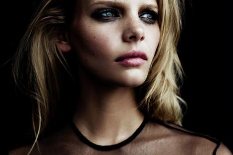 Fashion — Marloes Horst by Billy Kidd for Oyster Australia