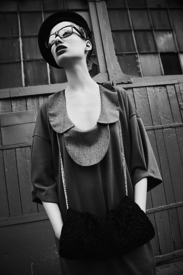Fashion — Julie & Ola by Krzysztof Wyzynski for Qvest