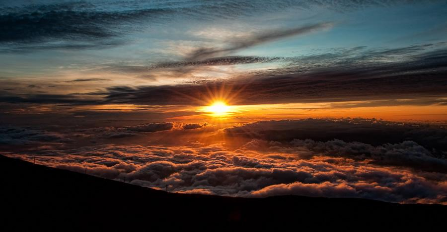 Above the Clouds Photography   Abduzeedo   Graphic Design Inspiration and Photoshop Tutorials