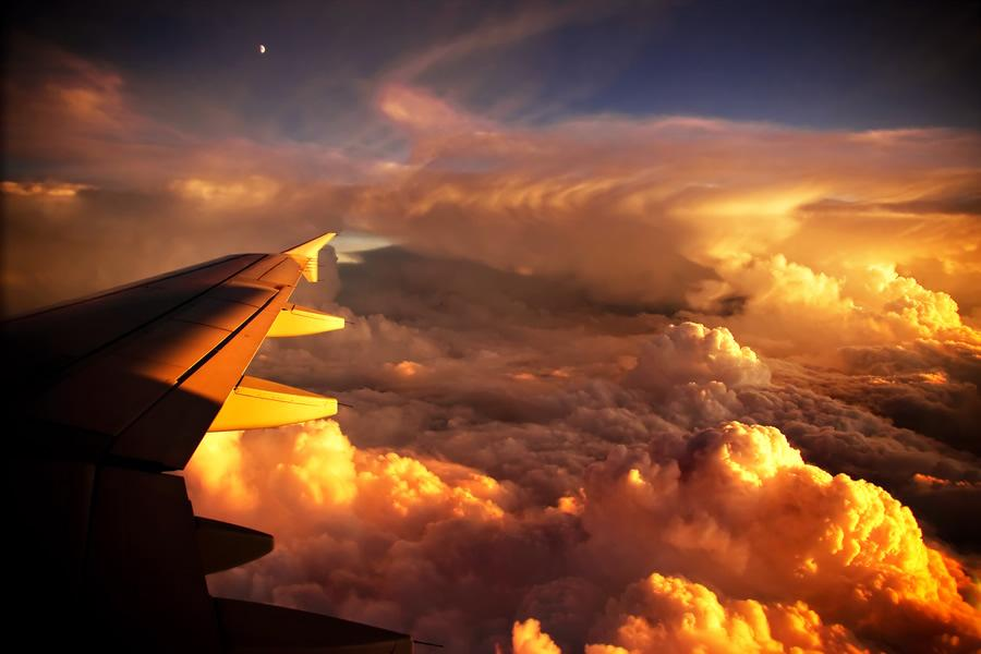 Above the Clouds Photography | Abduzeedo | Graphic Design Inspiration and Photoshop Tutorials