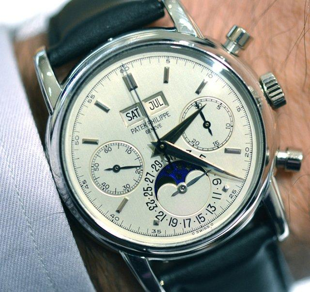 Fancy - Patek Philippe Platinum 2499