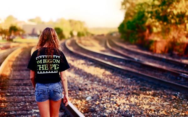women,models women models railroad tracks 2560x1600 wallpaper – women,models women models railroad tracks 2560x1600 wallpaper – Trains Wallpaper – Desktop Wallpaper