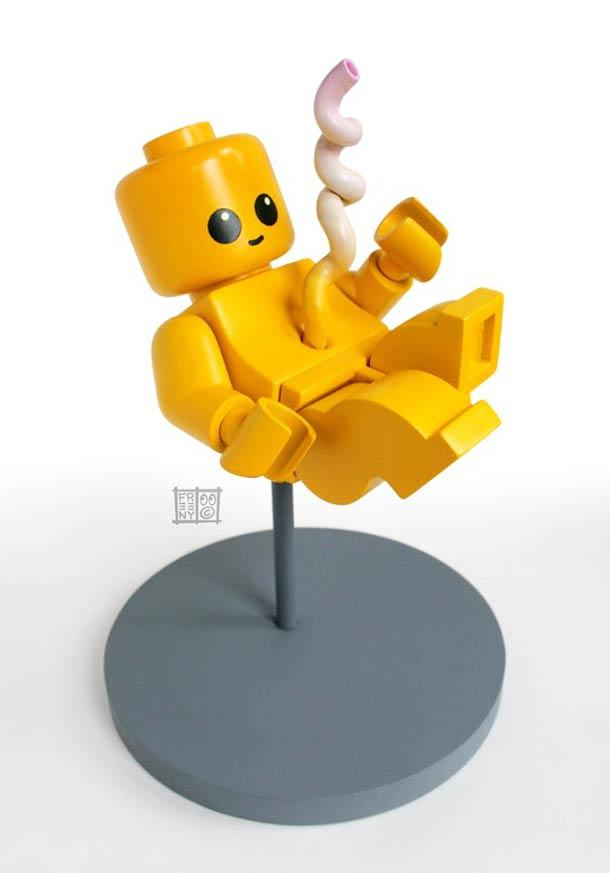 LEGO Fetus – A new creation by Jason Freeny | Ufunk.net