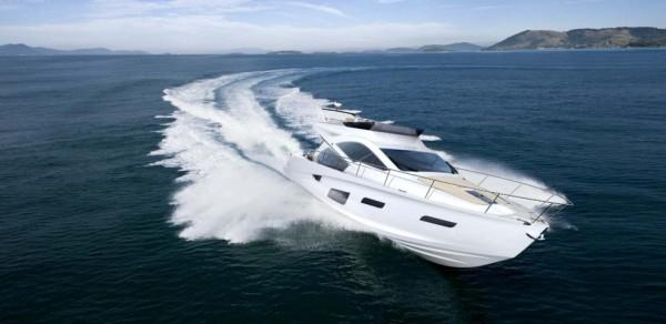 Modern white yacht Intermarine 55 by BMW Designworks USA