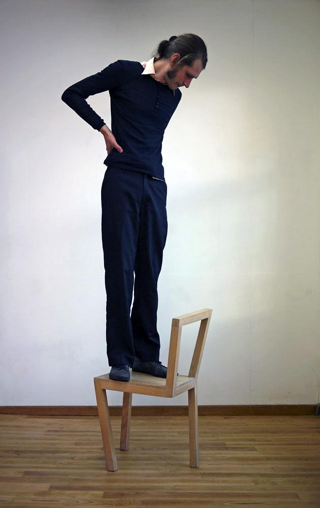 http://mocoloco.com/fresh2/upload/2012/10/02_chair_by_stijn_guilielmus_ruys/02_chair_stijn_guilielmus_ruys_2b.jpg