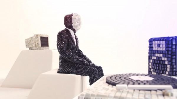 Boys Noize Video: Ich R U   Trendland: Fashion Blog & Trend Magazine