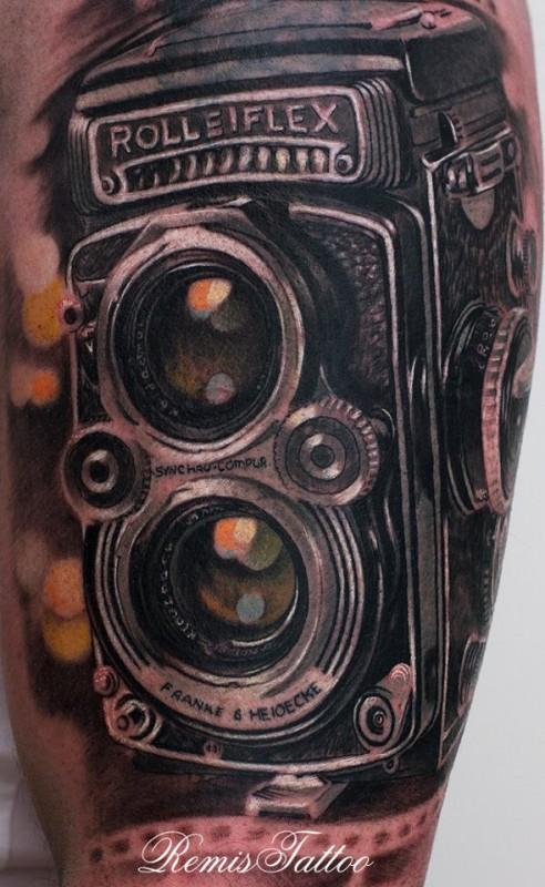 black_white_old_rolleiflex_camera_tattoo.jpg (492×800)