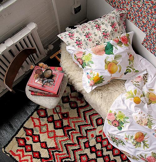 Dorm DIY: Iron-Transfer Floral Duvet Cover | Design*Sponge