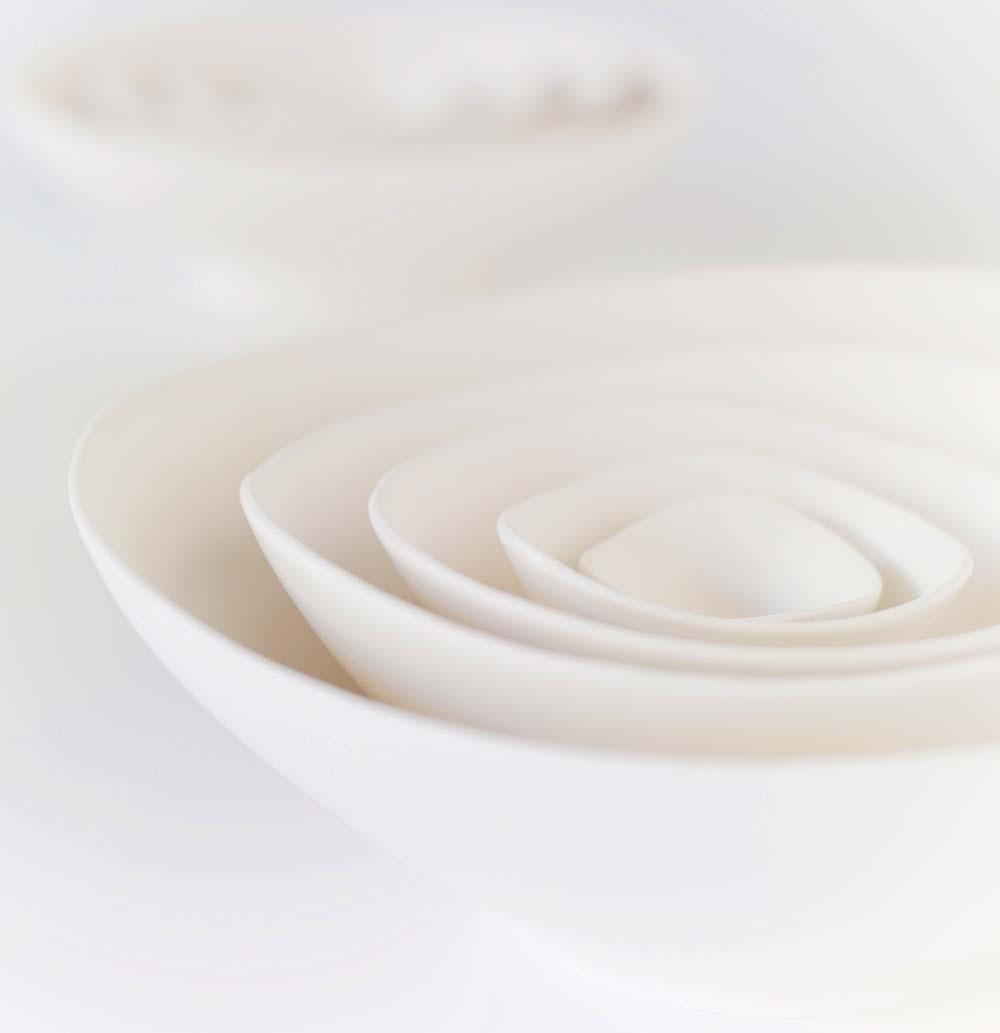 5 Large Nesting Bowls in Clean Matte White by Sara by sarapaloma