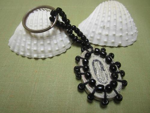 Paper Keychain - Black - Craftsia - Indian Handmade Products & Gifts
