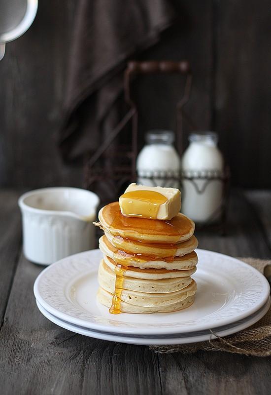 Lyla & Blu (breakfast foods / pancakes)