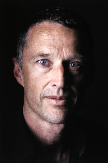 Resultados da Pesquisa de imagens do Google para http://tmp.acp.org.au/gallery/images/2005_03/alex_francois1_portraiture.jpg