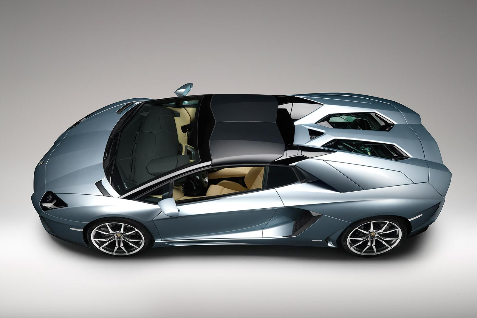 Lamborghini Aventador LP 700-4 Roadster - Car Body Design #170097 ...