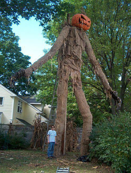 Insane halloween prop sunnylol 174160 on wookmark - Decoration halloween fait maison ...