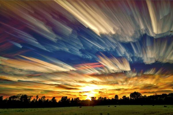 Picturesque Paint-Like Images - Wave Avenue