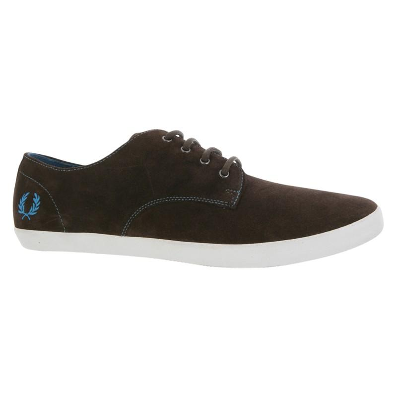 Jamison Farley Lover — Men's Fred Perry Foxx Suede Shoes in Brown