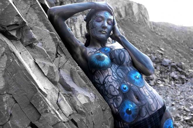 Foto Animali e paesaggi, il corpo come arte - 2 di 16 - D - la Repubblica