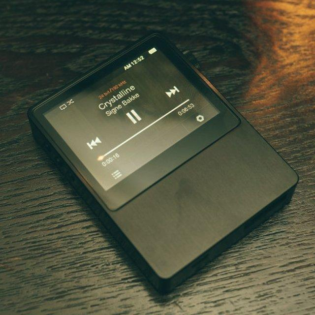 Hi-Fi Lossless Music Player by Astell&Kern | Fancy Crave